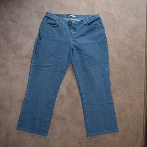 Lee Relaxed Fit Ladies Jeans size 16